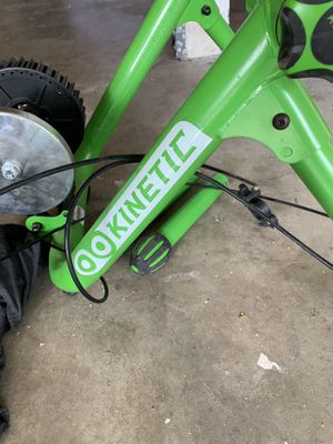 Kinetic bike trainer for Sale in Bend, OR
