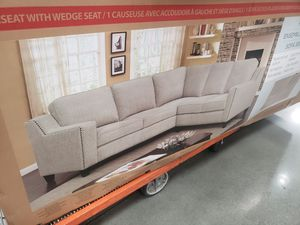 Couch for Sale in Garden Grove, CA