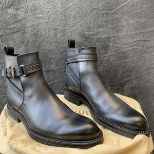 Louis Vuitton Chelsea Boots NEW for Sale in Los Angeles, CA