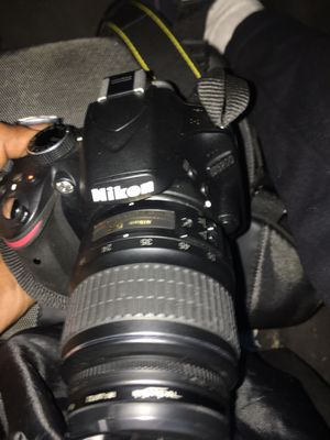 Nikon d3200 for Sale in Houston, TX