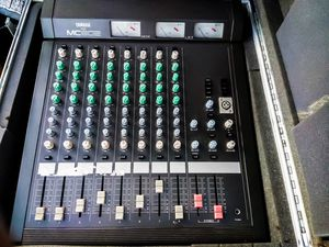 YAMAHA MC-802 MIXER W/STAGE CASE for Sale in San Leandro, CA