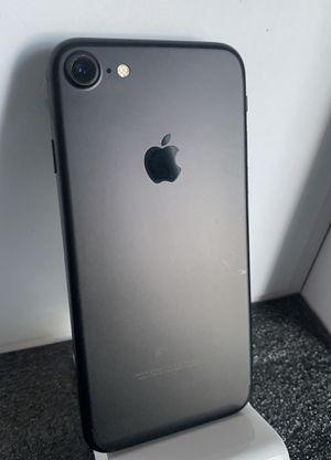 IPhone 7 Black (32GB) T-Mobile,Metro, Simple Mobil, Ultra,Layca,Smart GO for Sale in San Fernando, CA