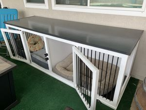 """Dog Crate 8ft long 32"""" deep 36""""tall. Custom made Grey and white for Sale in Norwalk, CA"""