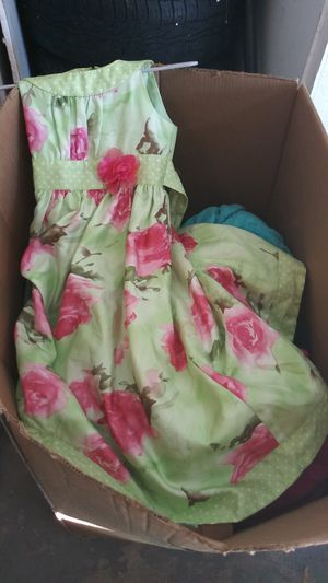 Kids clothes 30 for box for Sale in Houston, TX