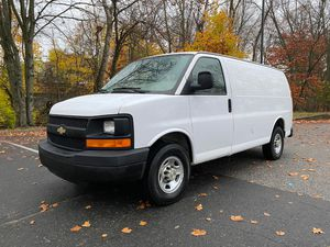 2007 chevy express 2500 with 161xxx miles for Sale in Bridgeport, CT