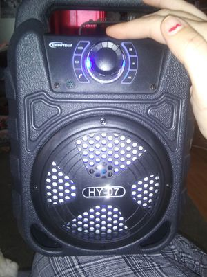 Bluetooth speaker for Sale in Fresno, CA