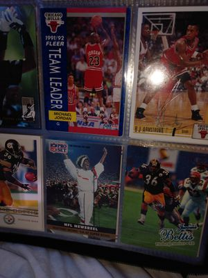 A bunch of very good football baseball and basketball cards very cheap for Sale in North Charleston, SC