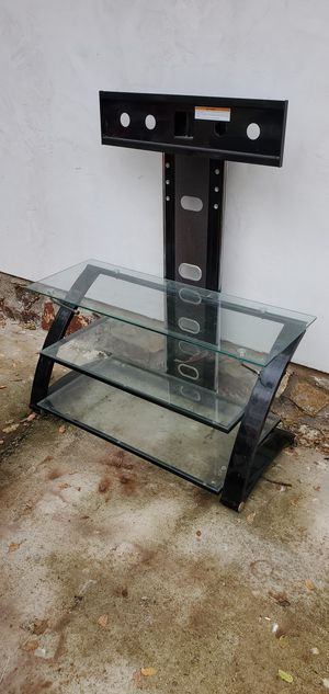 Free tv stand for Sale in Redding, CA
