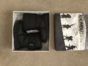 Kids Snow Boots Black Size 2M for Sale in Katy, TX
