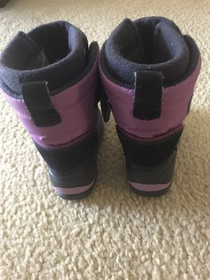 Kids Yeti Cico Winter Boots - Size 8 for Sale in Denver, CO
