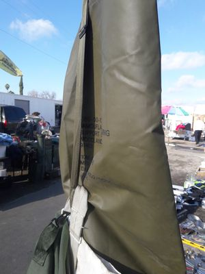 Green Duffle bag (long) for Sale in Turlock, CA