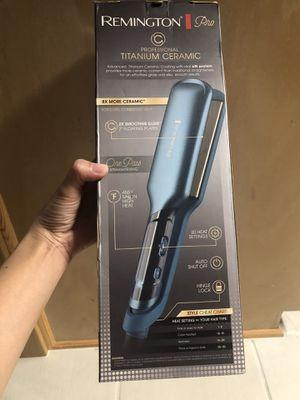 "Hair straightener 2"" flat iron for Sale in Arlington, TX"