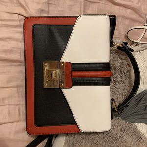 Purse for Sale in Georgetown, TX