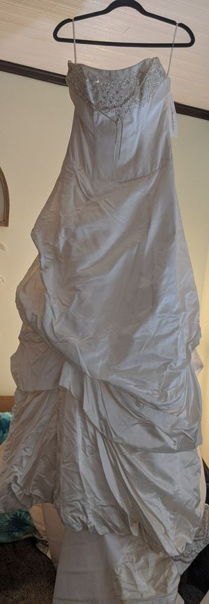 Demetrios Size 10 Wedding Dresses for Sale in Florence, KY
