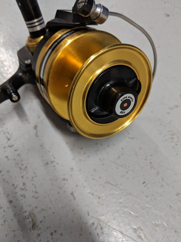 Penn 7500 SS Spinning Reel. Excellent Condition. Ready for fishing.