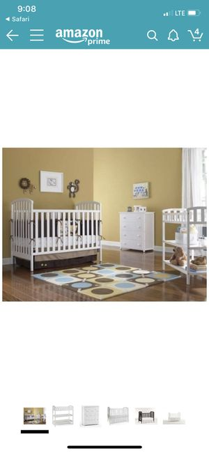 Crib n Matching Changing Table for Sale in Crestview, FL