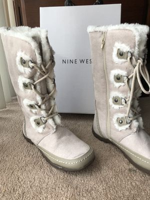 Size 6 Nine west boots for Sale in Fontana, CA