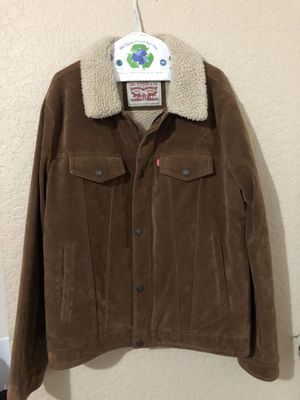 Men's levis jacket for Sale in Cerritos, CA