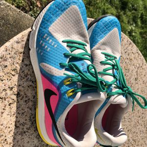 Nike Women's Wild horse 5 Trail Running Shoes Size 10 for Sale in North Bend, WA
