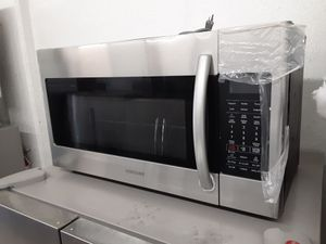 Stainless steel new microwave for Sale in Anaheim, CA