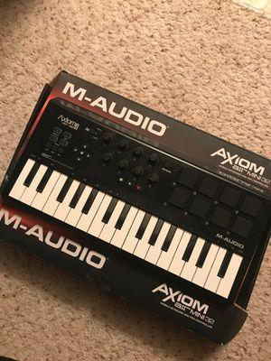 M-Audio Axiom Air mini 32 for Sale in San Diego, CA