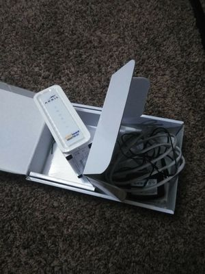 Arris Surfboard Cable Modem and wifi Router for Sale in Amherst, OH