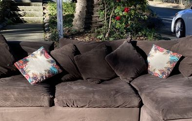 Free Crate And Barrel Couch for Sale in Martinez,  CA