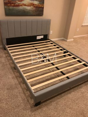 New in box 📦 platform bed frame for Sale in Houston, TX