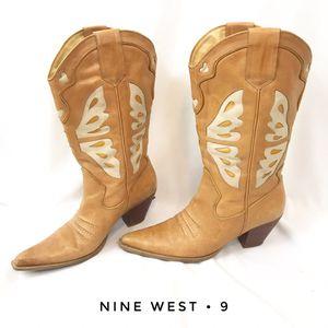 Nine West women's 9 vintage cowboy western boots for Sale in San Diego, CA