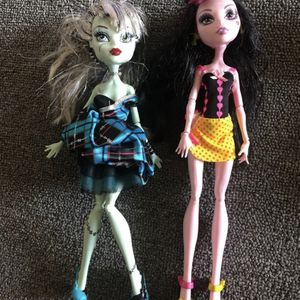 Monster high Dolls for Sale in Wheeling, IL