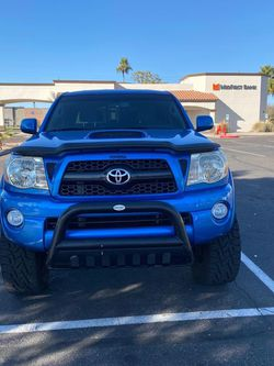 2011 Toyota Tacoma 2wd for Sale in Gilbert,  AZ