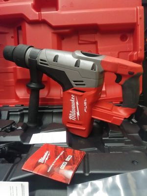 MILWAUKEE M18 FUEL BRUSHLESS 1-9/16 SDS PLUS ROTARY HAMMER BRAND NEW SOLO LA HERRAMIETA SIN BATERIA SIN CARGADOR NUEVO for Sale in San Bernardino, CA