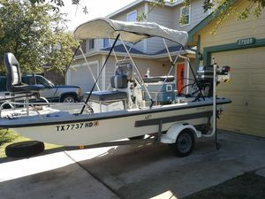 Flat bottom boat with a 60 hp for Sale in Austin, TX