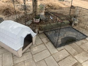 Dog house and training kennel for Sale in Fowler, CA