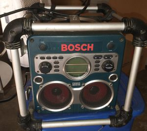 Speaker Bosch brand w/ cd player for Sale in South Gate, CA