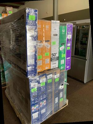 Brand New VIZIO 4K TV HS4G1 for Sale in Ontario, CA