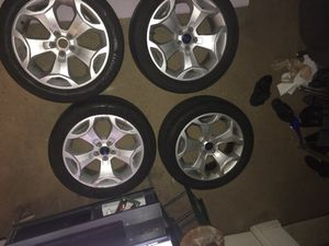 2010 Ford Taurus tires with rim for Sale in Philadelphia, PA
