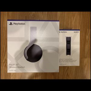 PS5 PlayStation Headphones + Charger 3D Pulse for Sale in Atlanta, GA