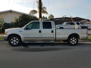 2000 F350 ford. Crew cab longbed. ,v10,gas,automatic for Sale in San Diego, CA
