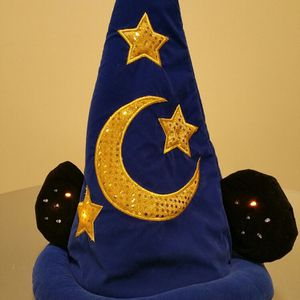 DISNEY PLUSH, LIGHTED MICKEY MOUSE SORCERER'S APPRENTICE HAT w/batteries (adult size) - firm prices. for Sale in Arlington, VA