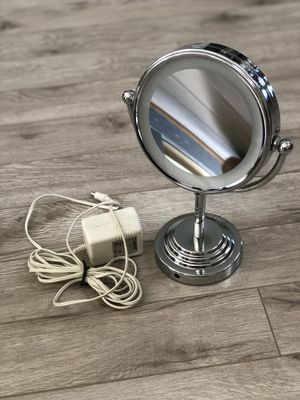 Vanity Makeup Lighted Mirror for Sale in St. Augustine, FL