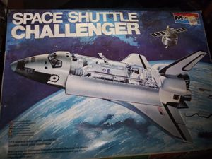 Space Shuttle Challenger 1:72 Scale Monogram 1979 Complete for Sale in Olympia, WA