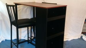 2 seater breakfast/kitchenette table for Sale in North Charleston, SC