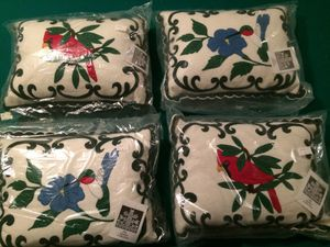 Sandor Collection Pillows $10 each for Sale in Alsip, IL