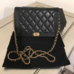 Chanel Wallet On Chain for Sale in Jurupa Valley, CA