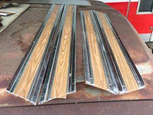 69-72 c20 longbed lower belt moldings for Sale in Modesto, CA