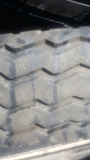 205 75 14 st trailer tires .less then year old .60 tires left 50.00 A SET OF 4 ...4 TIRES MIN. for Sale in Fontana, CA