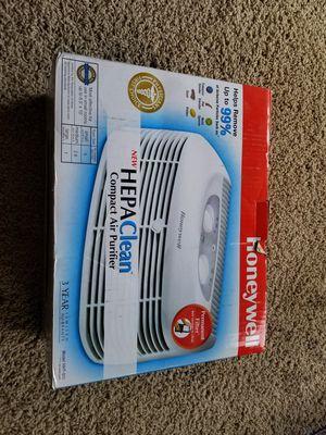 Honeywell HEPA Clean Air Purifier for Sale in Arlington, VA