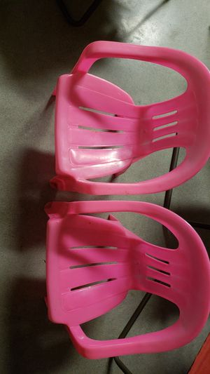 Pink chairs for Sale in Fresno, CA