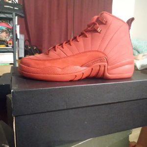 Air Jordan 12 Retro Size 7 for Sale in Waterbury, CT